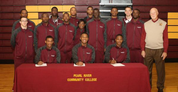 3 basketball standouts signing with div 1 schools
