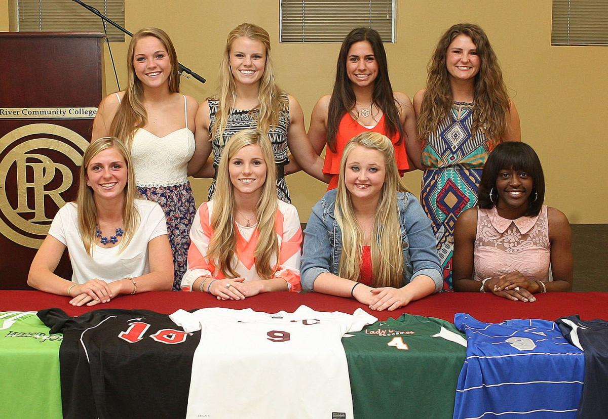 Women's Soccer 2014 Signees